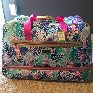 Lilly Pulitzer rolling duffle